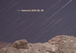 StarStaX_Asteroid_02-Asteroid_83_lücken_füllen_00000081